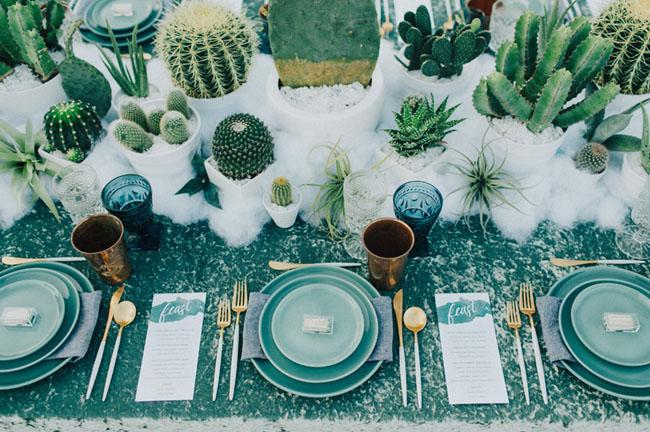 Id es de d coration pour table ronde blog mariage for Idee de menu entre amis