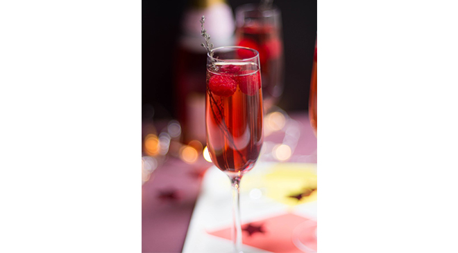 cocktail-champagne-mariage-fruits-rouges