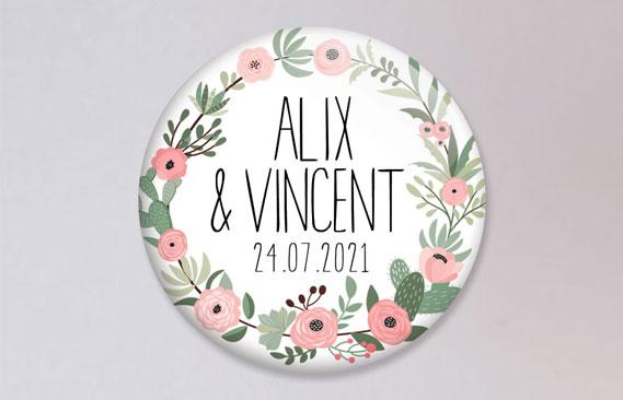 badges mariage Fleuri rose