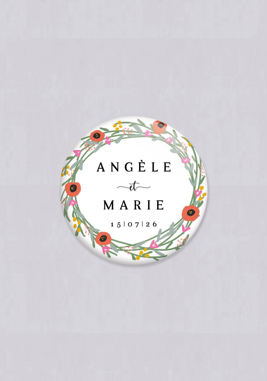 badge mariage personnalisé Couronne de fleurs