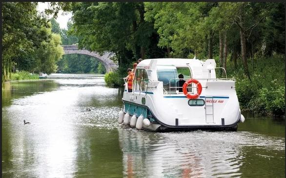 Voyage de noces : Croisière sur les canaux d'Alsace