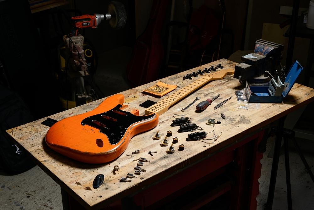 Participation stage de lutherie guitare
