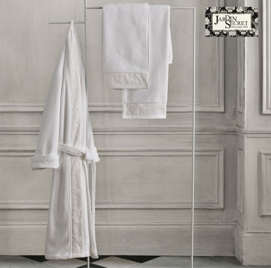 descamps peignoir best descamps serviette invit la. Black Bedroom Furniture Sets. Home Design Ideas